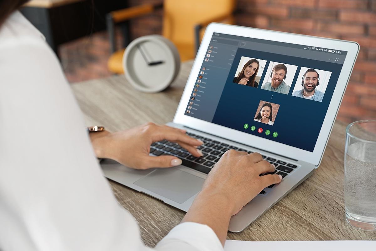 aplicatii de chat pentru angajati
