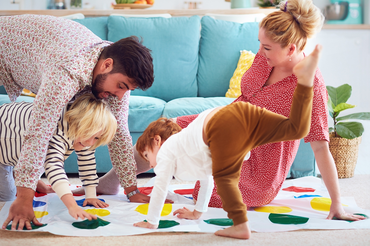Jocuri de jucat in casa