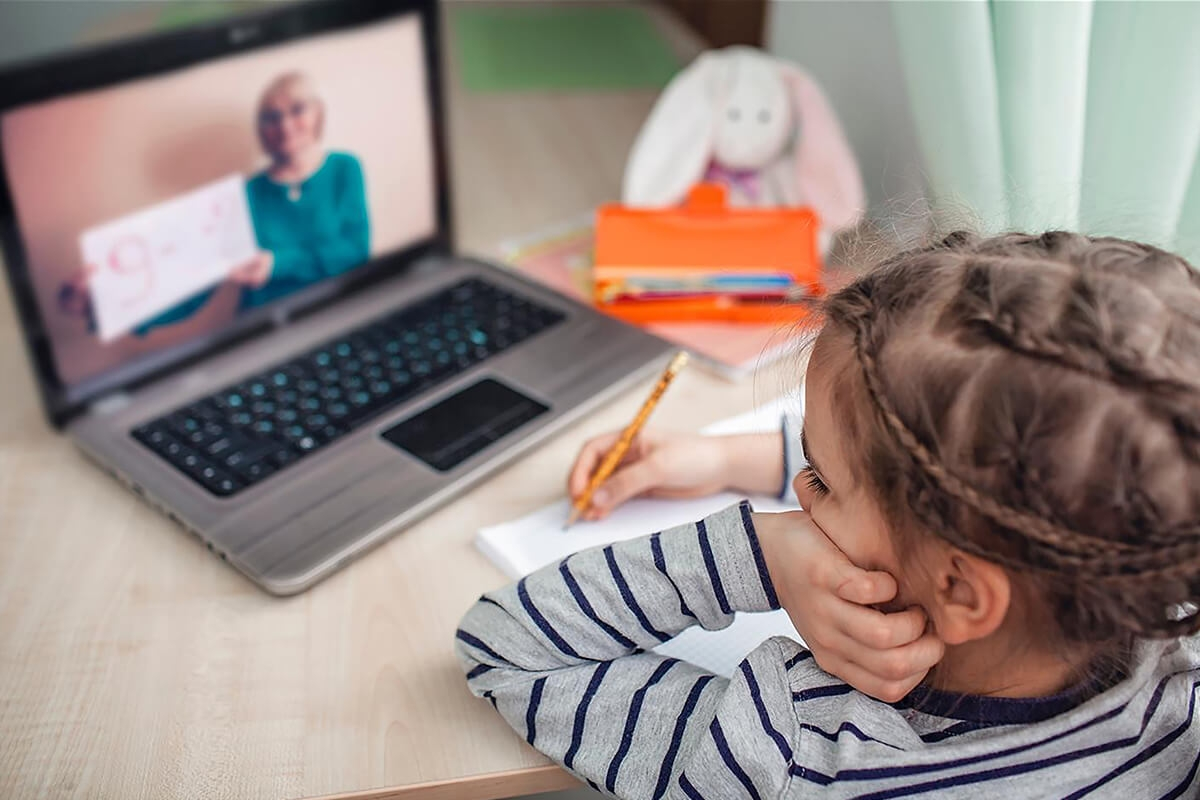 lectii online copii defavorizati